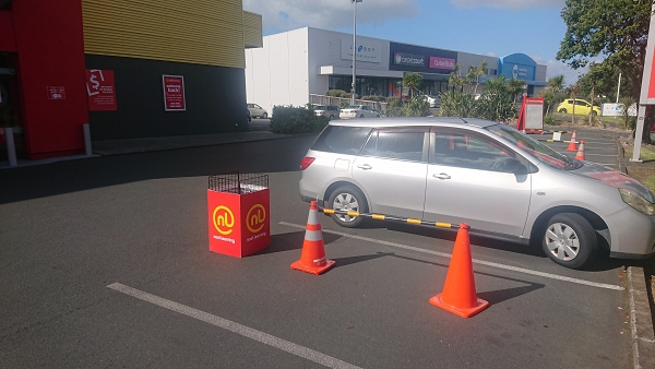 Click and Collect - lock down style